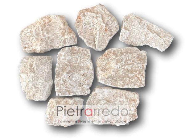 bancali-pietra-retrosegata-rivestimento-borgo-toscano-beige-chiaro-costi-prezzo-travertino-anticato
