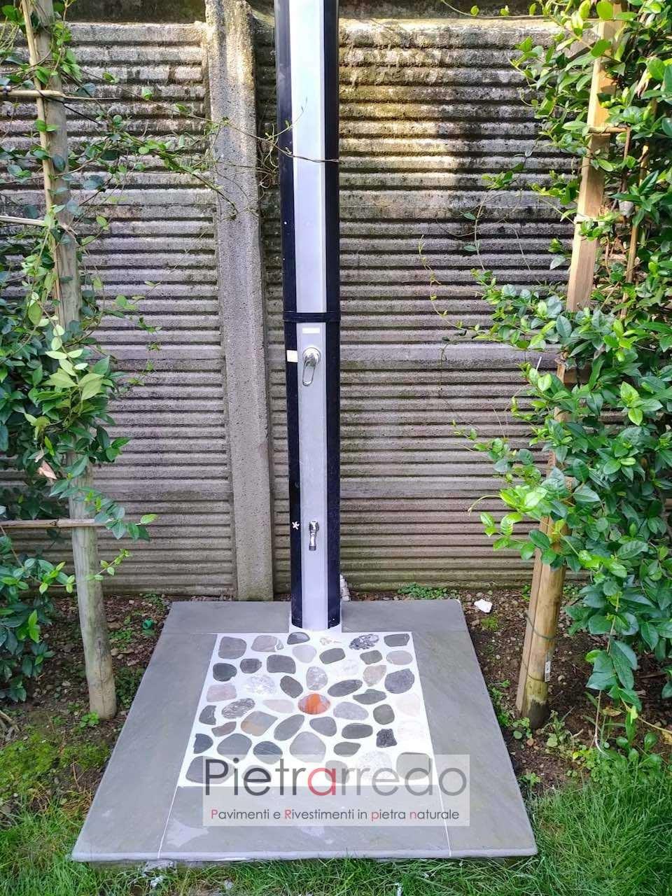 pavimento piatto doccia giardino piscina con ciottoli eleganti prezzo pietra naturale pietrarredo Milano