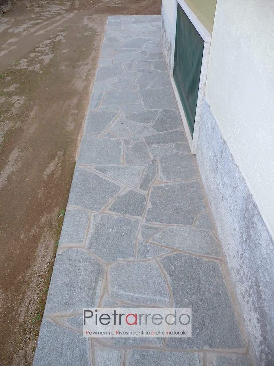 Pavimento e rivestimento in lastrame luserna blu colore uniforme bello prezzo costi pietrarredo milano
