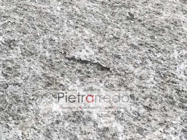 pavimento esterno in beola grigia resistente robusto prezzo costi mosaico milano lombardia