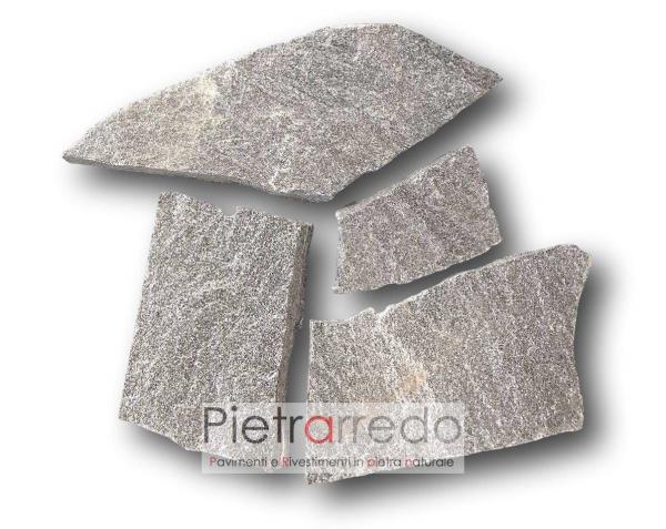 Pavimento in pietra sasso mosaico opus beola svizzera grigio scuro brillante costi pietrarredo