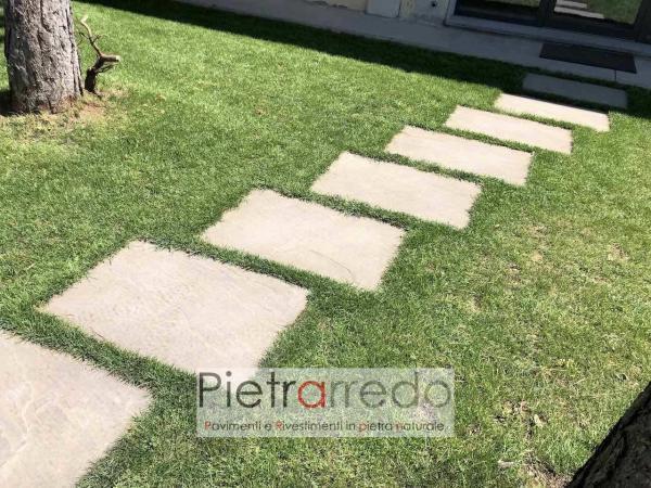 lastra per vialetto in pietra arenaria passaggio su prato passo giappoense stone garden pietrarredo prezzo milano