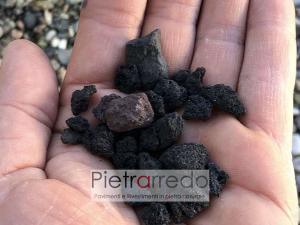 lapillo vulcanico nero per aiuole giardini e decorazione stone garden prezzo pietrarredo milano costi zandobbio granulati