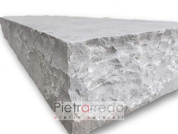 offerta gradino in pietra saso con alzata monolite arenaria grigia kandla grey speps pietrarredo costo