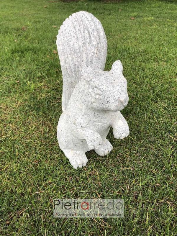 scoiattolo in granito pietra fatto a mano stone animal garden pietrarredo costo prezzo animali per prato
