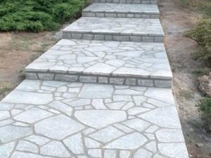 costo pavimento pietra naturale giardino cortile costi pietrarredo milano luserna blu grigio uniforme
