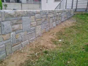 muro-di-cinta-in-pietra-luserna-bugnato-pietrarredo-milano-costo-sasso-scozzese-bugnato