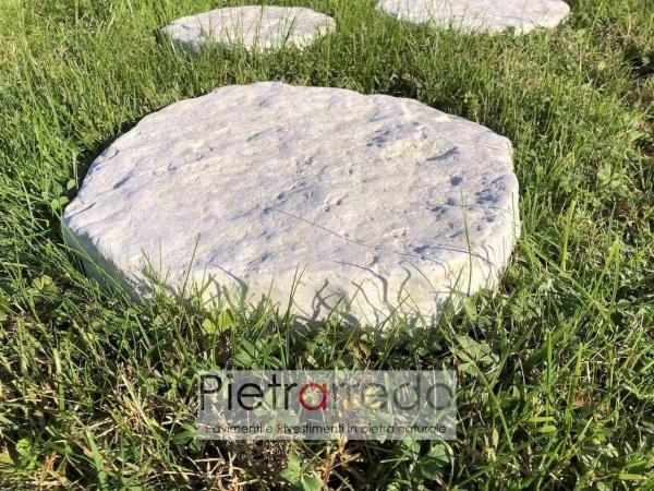 sassi arrotondati anticati in pietra per passi giapponesi prato viale stone garden pietrarredo milano costo offerta
