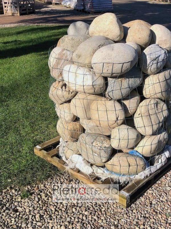 ciottoli sassi di fiume per argine laghetto prezzo pietrarredo milano stone garden zen giapponese