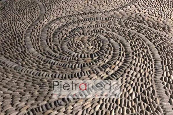 decorazione pavimento in ciottolo di fiume rizzada borromeo sassi pietraredo milano costo selciati