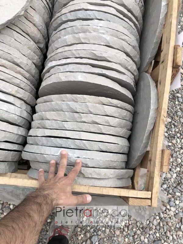 offerta sassi grigi rotondi per camminamenti e viale offerta pietrarredo milano oval steps 40 cm